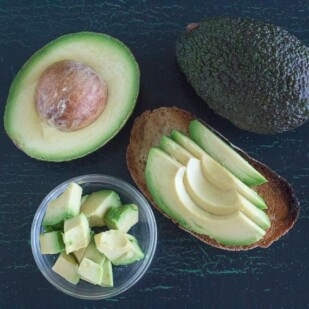 This is what 30 grams of avocado looks like. Is Avocado Low FODMAP?