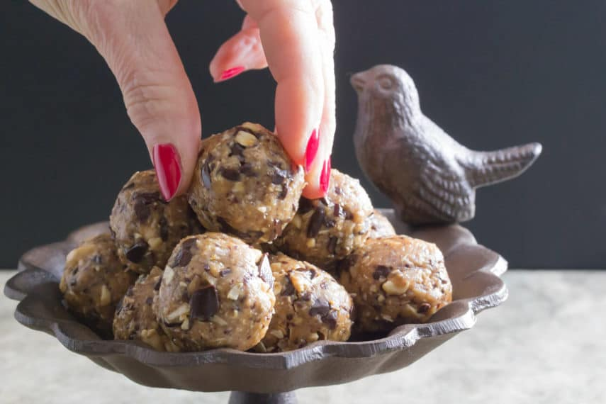 Low FODMAP chocolate peanut butter energy balls