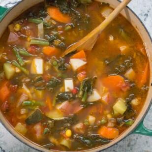 Low FODMAP summer garden vegetable soup