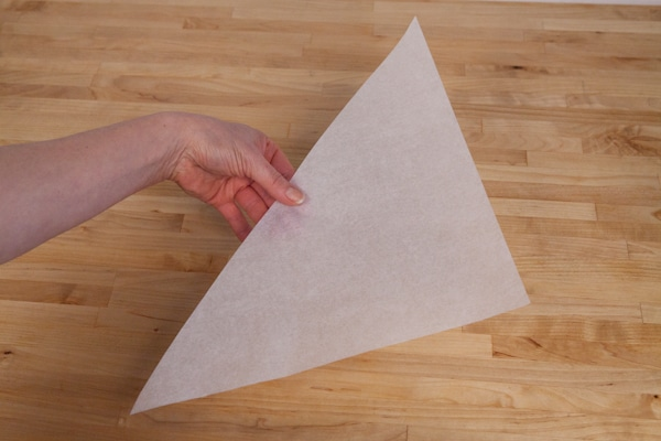 Making-a parchment-cone-1