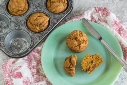 pumpkin muffins with raisins