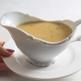 Make ahead low FODMAP gravy in gravy boat