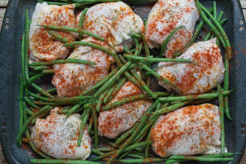 What to eat chicken thighs smoked paprika garlicky green beans what to eat chicken thighs and garlicky green beans forumfinder Gallery