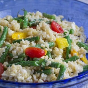 what to eat rice salad with cooked green beans tomatoes and yellow bell peppers & vinaigrette