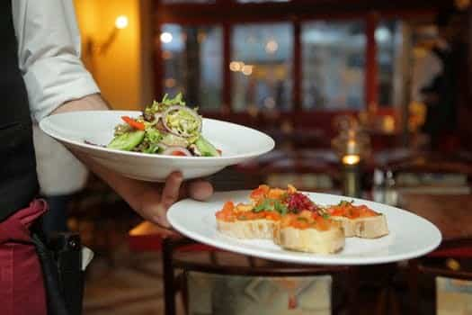 Top 10 Strategies for Eating Out on the Low FODMAP Diet- Restaurant
