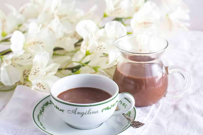 hot chocolate in cafe Angelina cup