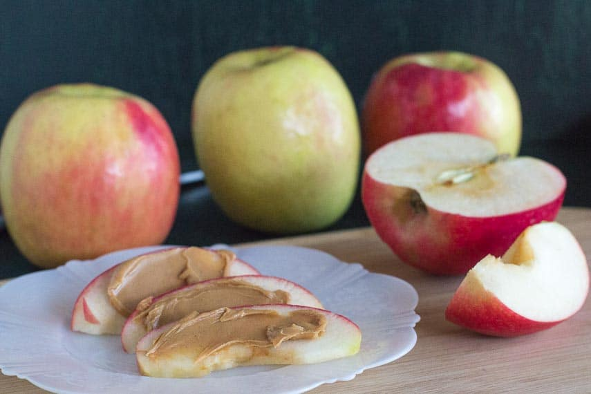 20 g Low FODMAP amounts of Pink Lady apples