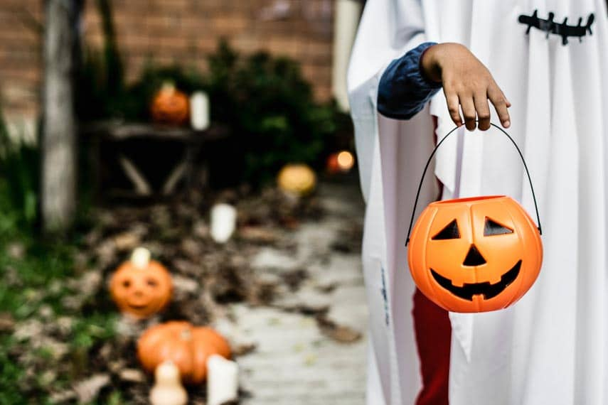 Low FODMAP Candy for Halloween - what candy can I eat when following the low FODMAP diet?