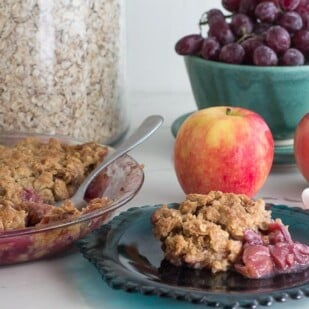 Grape & Apple Crisp with ingredients