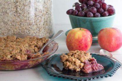 Grape & Apple Crisp with ingredients