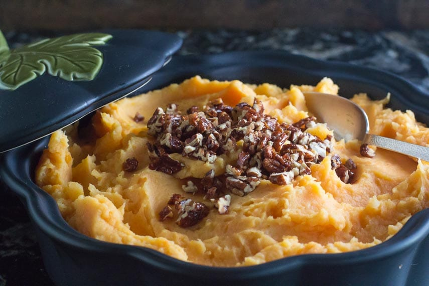 Low FODMAP Mashed Sweet Potatoes with Candied Spcied Pecans in casserole dish