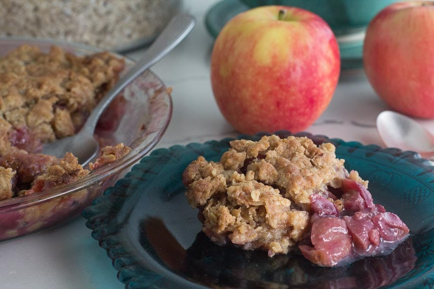 closeup of Grape & Apple crisp
