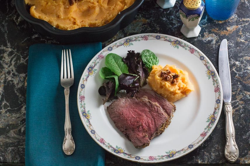 plated low FODMAP horseradish crusted roast beef, overhead image