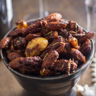 closeup of easy low FODMAP sweet & spicy nuts