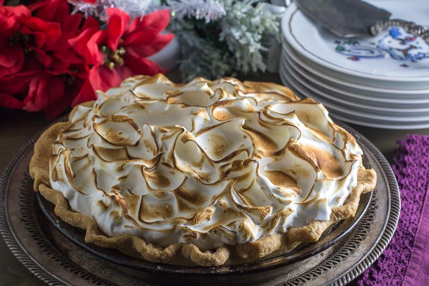whole low fodmap cranberry snowdrift pie with meringue topping