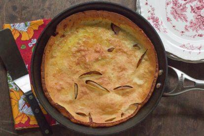 Low FODMAP Ginger Peach Dutch Baby Pancake in skillet_