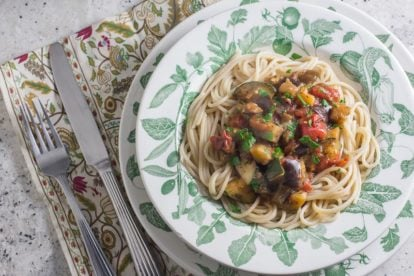 Quick & Easy Low FODMAP Eggplant Zucchini Tomato Pasta Sauce in green and white bowl