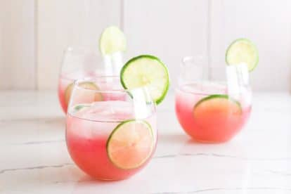 Low FODMAP Blueberry Limeade in clear glasses