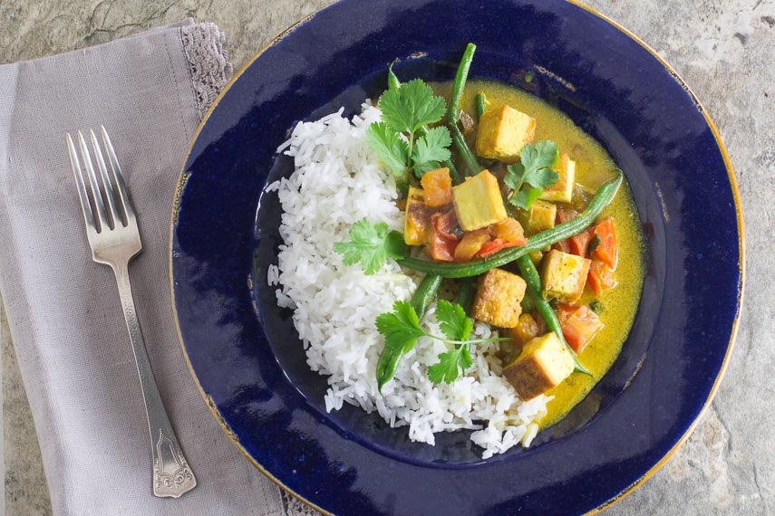 low FODMAP Thai curry with tofu & green beans