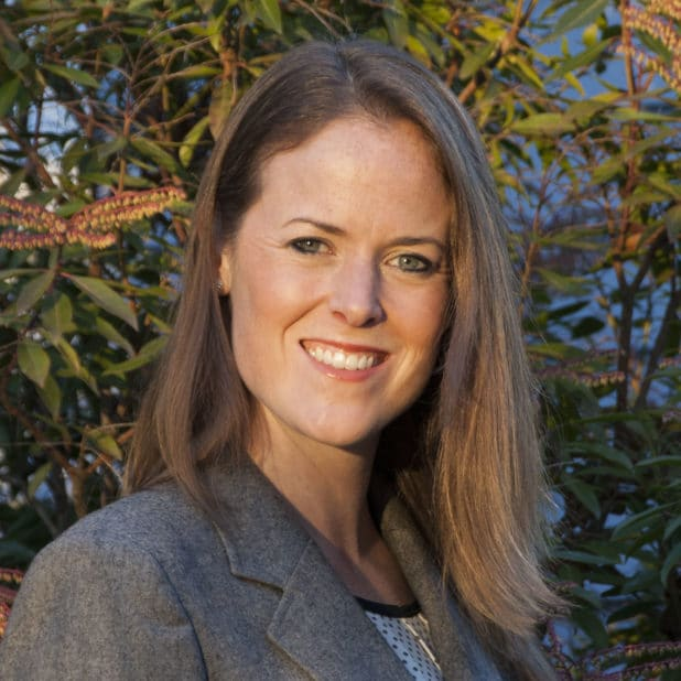 Headshot of Colleen Webb