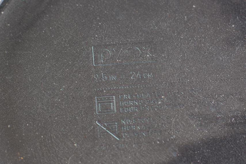 Deep dish pie plate 9.5 inch 24 cm stamp