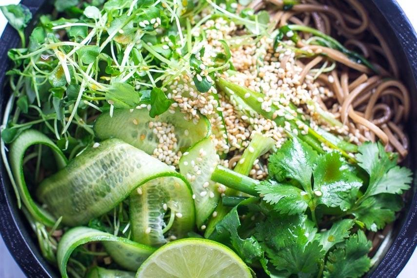 closeup cold soba noodle salad