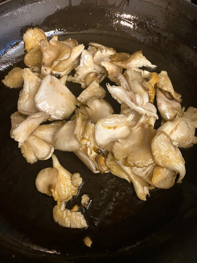 sauteeing oyster mushrooms