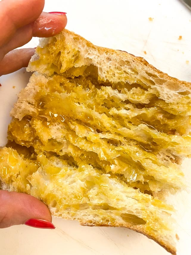 brush cut bread with vinaigrette for Low FODMAP sub