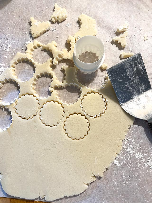 using cookie cutter for low FODMAP shortbread