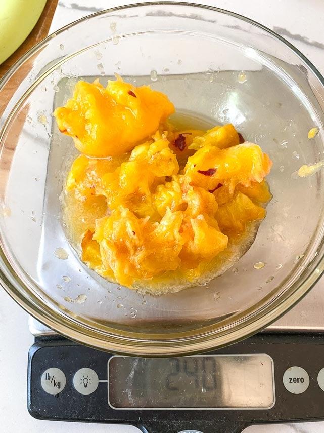 240 grams of yellow peaches