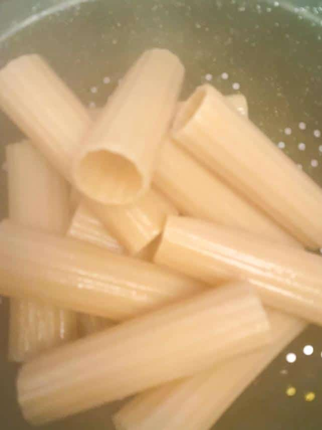 cooking manicotti shells in water