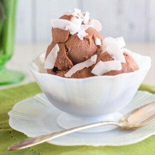 low FODMAP chocolate coconut sorbet in decorative white glass dish with green napkin_