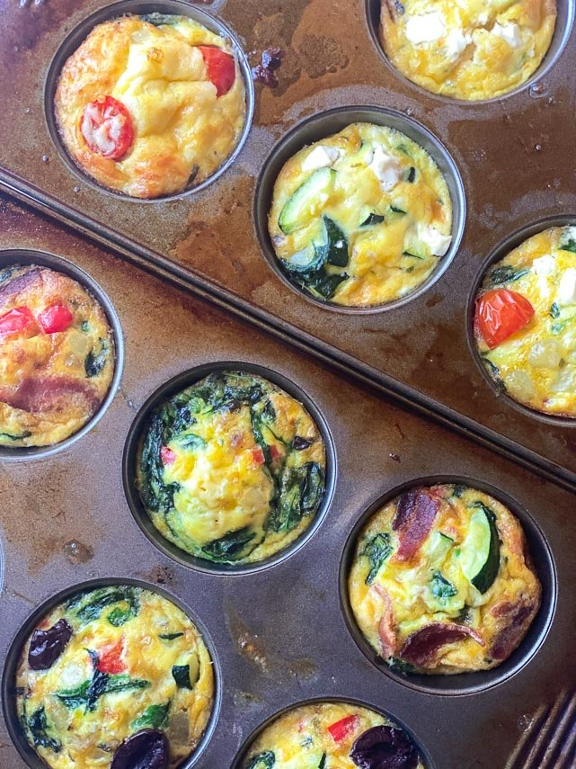 closeup-up-baked-low-FODMAP-mini-frittatas-in-muffins-tins