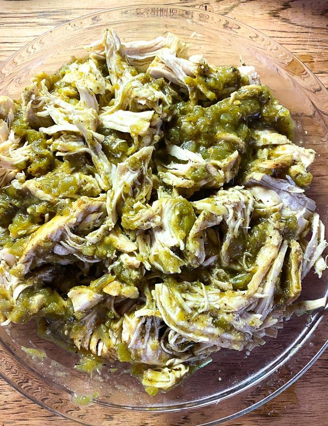 Instant-Pot-Salsa-verde-Chicken-shredded-in-glass-bowl