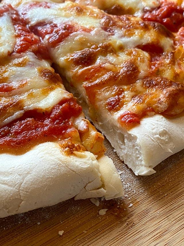 close up of Caputo Fioreglut gluten free pizza crust
