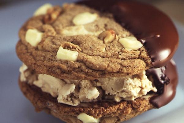 ice cream sandwich with coffee ic cream and white chocolate chunk cookies