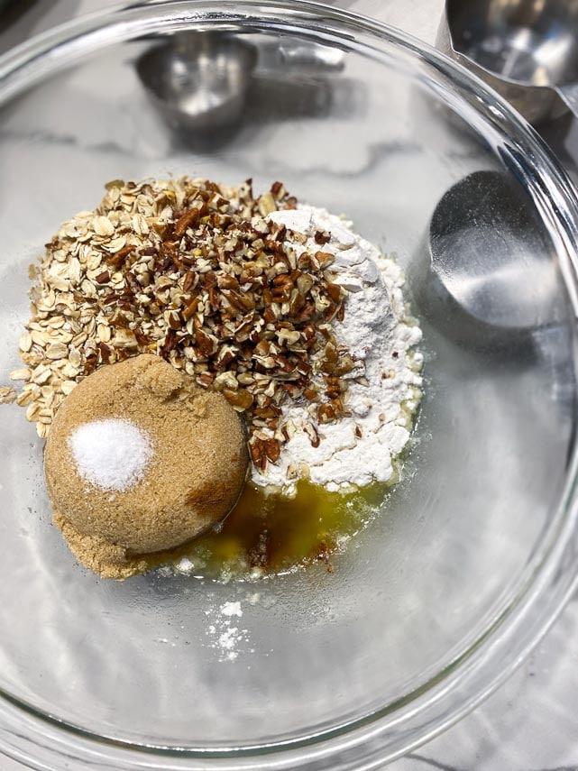 dry crisp topping ingredients in bowl
